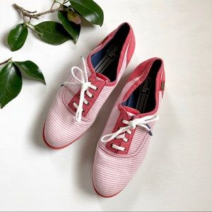 KEDS striped red and white oxford style sneaker S3